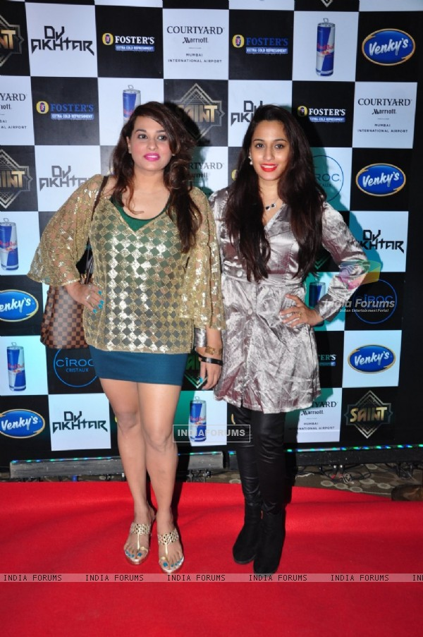 Shweta Pandit at Aftab Shivdasani's Bash for his new venture 'Saint'
