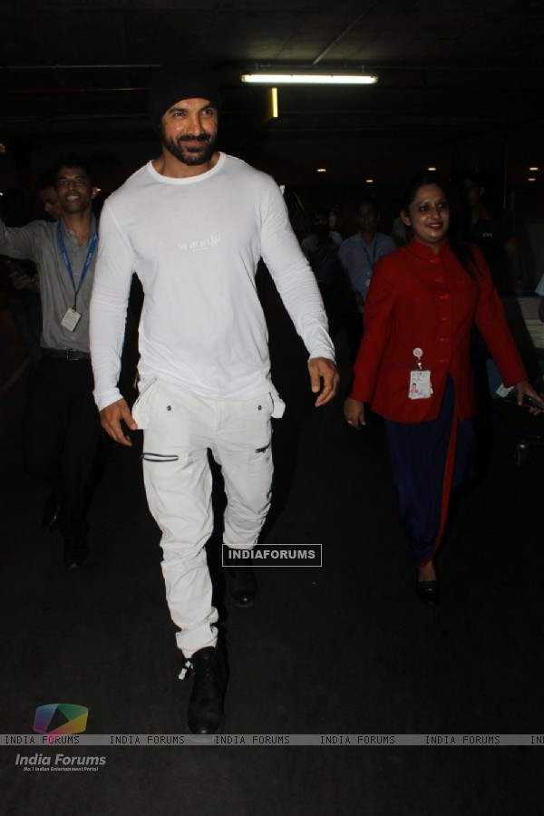 Snapped at Airport: John Abraham!