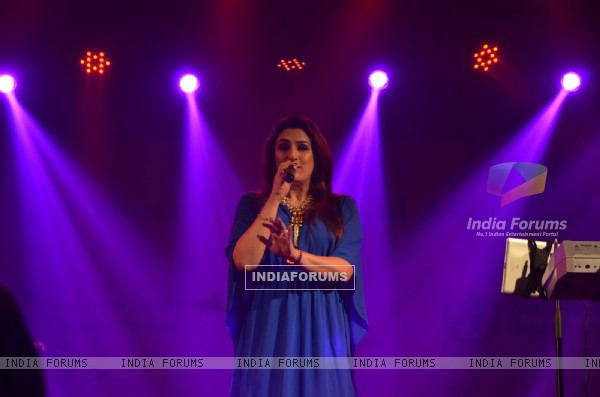 Aakriti Kakkar performs at CPAA Event