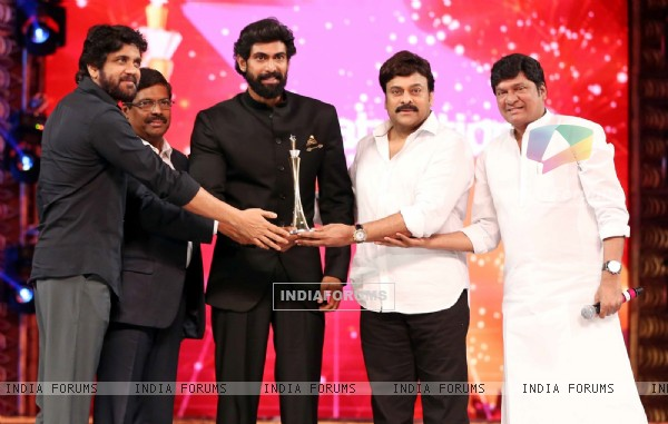 Akkineni Nagarjuna, Rana Daggubati and Chiranjeevi at 'Cinemaa Awards 2016'