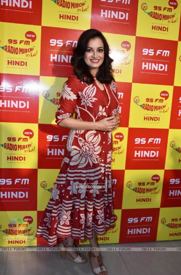 Dia Mirza at 'Radio Mirchi 95 FM'!