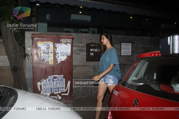 Tiger Shroff 's Girlfriend Disha Patani Snapped