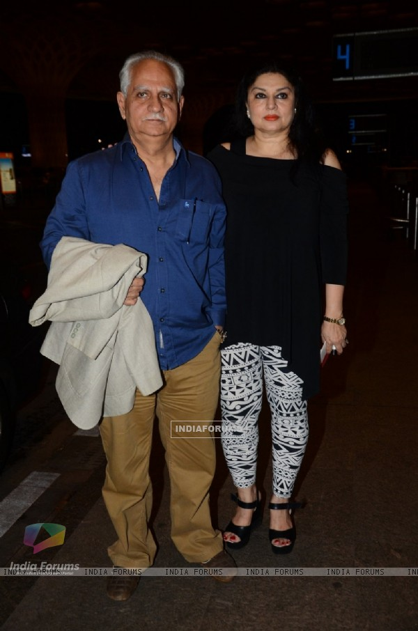 Ramesh Sippy Snapped at Airport