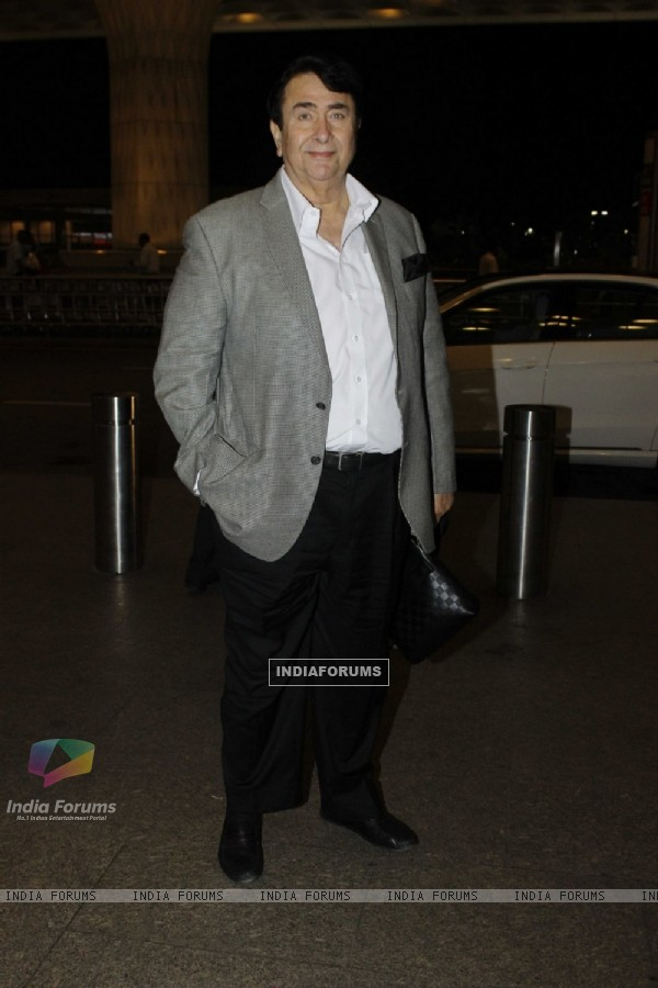 Randhir Kapoor Snapped at Airport