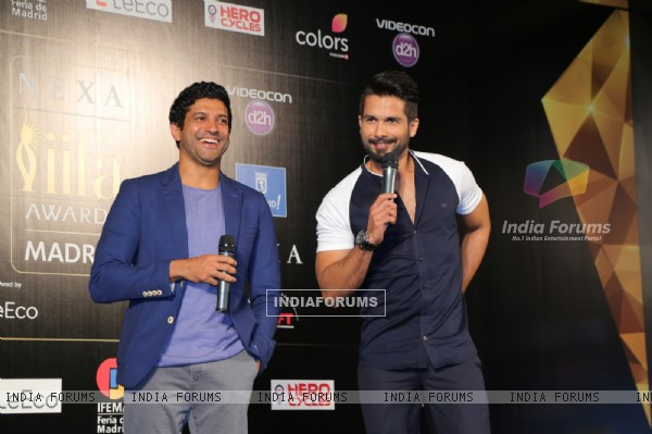 Farhan Akhtar & Shahid Kapoor at Press Meet of 'IIFA' in Madrid