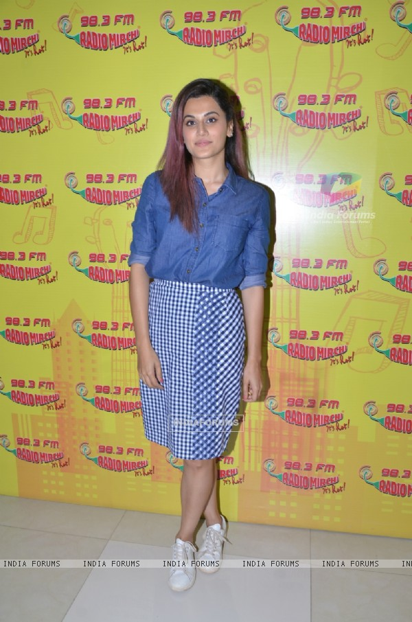 Taapsee Pannu at Promotions of Song 'Tum Ho To' at Radio Mirchi's Studio
