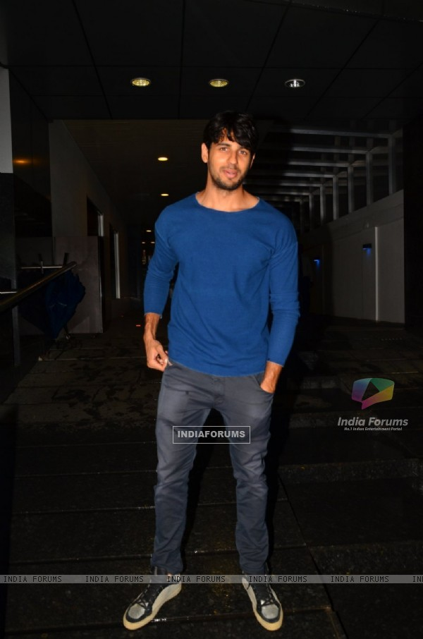 Sidharth Malhotra Snapped at Hakassan
