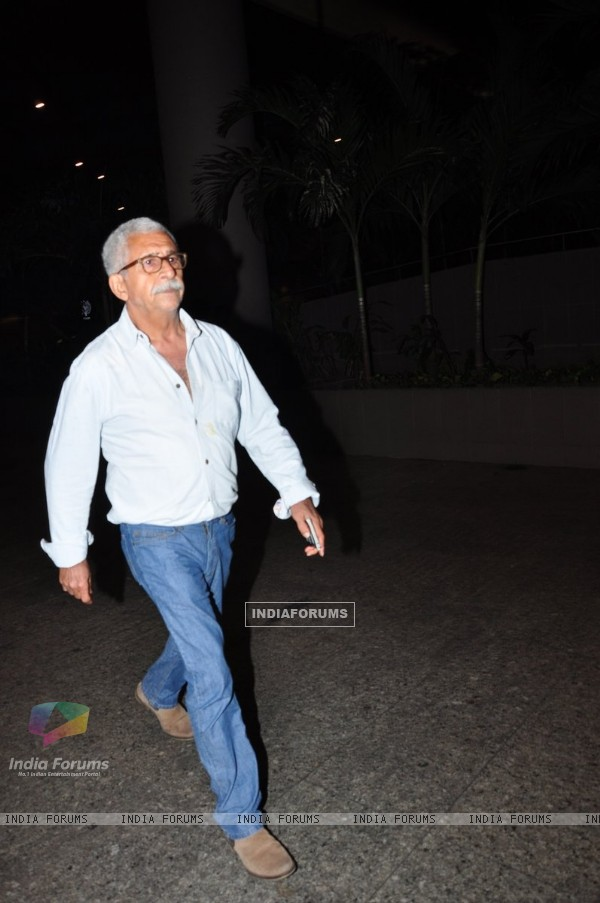 Naseeruddin Shah Snapped at Airport