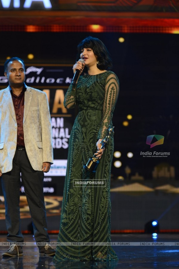Shruti Haasan at SIIMA Awards 2016