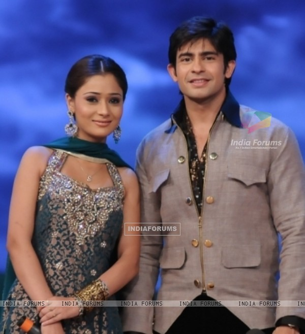 Still image of Hussain Kuwajerwala and Sara Khan
