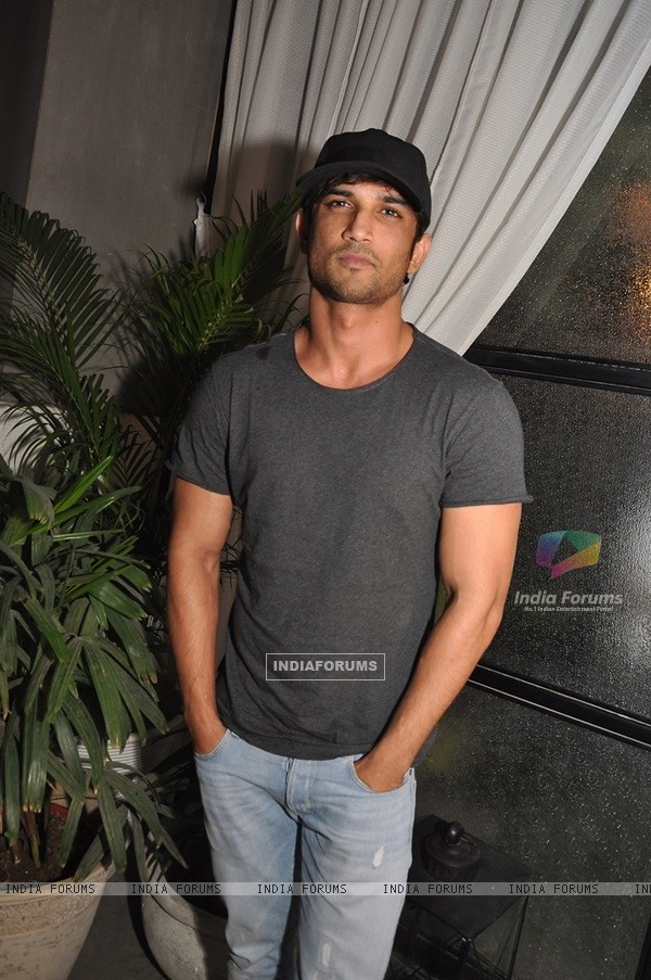 Sushant Singh Rajput at Launch of Mirabella Bar & Kitchen!