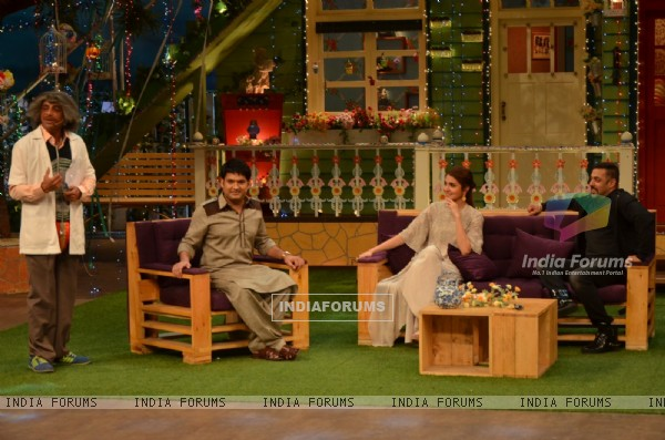 Salman Khan and Anushka Sharma Promotes 'SULTAN' with Kapil and team on 'The Kapil Sharma Show'