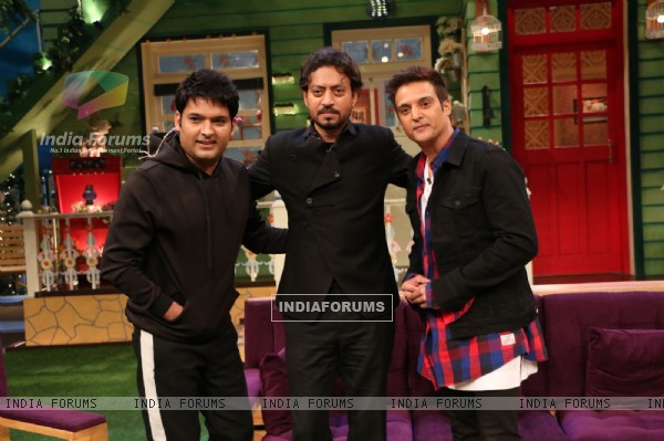 Irrfan Khan, Jimmy Shergill and Kapil Sharma Promotes 'Madaari' on 'The Kapil Sharma Show'