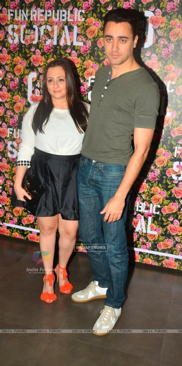 Imran Khan snapped with Avantika Mallik at '[SOCIAL]'