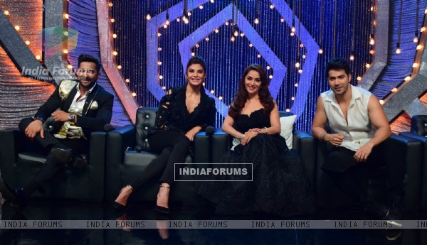 Varun , Jacqueline , Terence and Madhuri promotes Dishoom on So you think you can dance