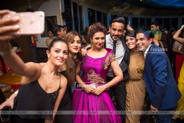 Anita Hassanandani, Rohit Reddy, Pooja Gaur and Raj Singh Arora at Divyanka - Vivek's Party