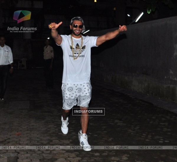 Ranveer Singh snapped at Bhansali's office