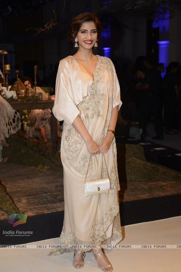 Bollywod Diva Sonam Kapoor at Day 3 of FDCI India Couture Week