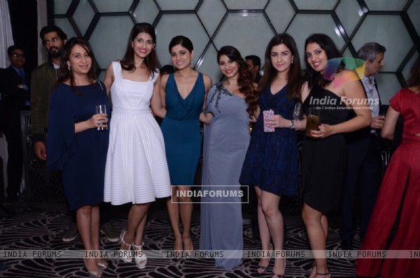 Shamita Shetty and Tanishaa Mukerji at Success party of 'NGO STAMP'