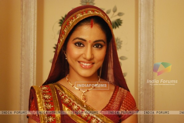 Hina Khan as Akshara