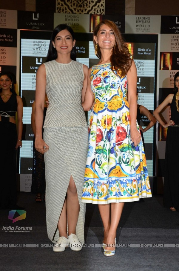 Caterina Murino and Gauahar Khan Promotes 'Fever' at a jewellery event