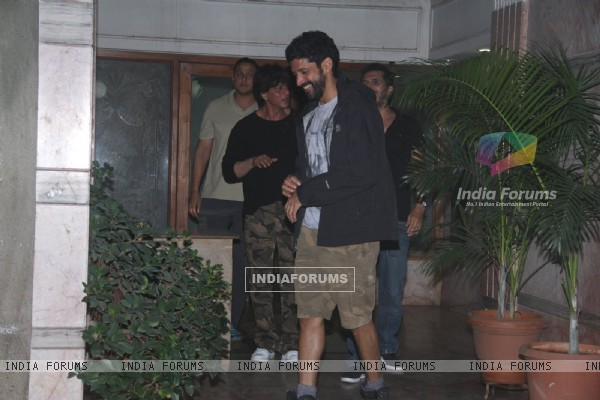 Farhan Akhtar and Shah Rukh Khan snapped at Excel office