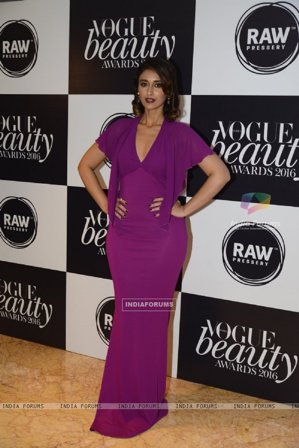 Ileana D'Cruz at Vogue Beauty Awards 2016