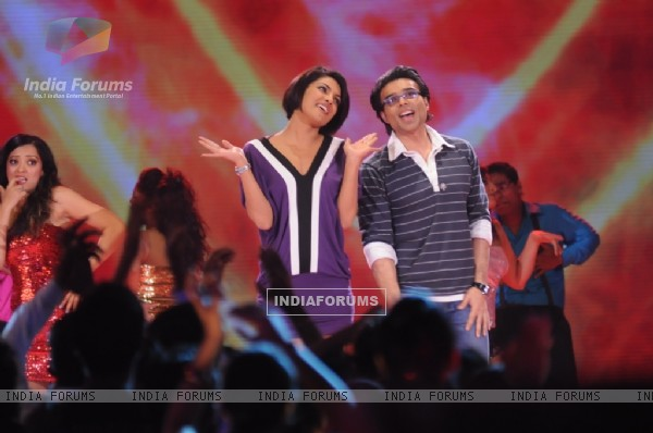 Uday and Priyanka Chopra in Music Ka Maha Muqqabla