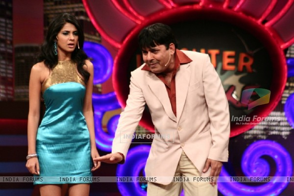 Jennifer Winget and Sudesh Lahiri as a host