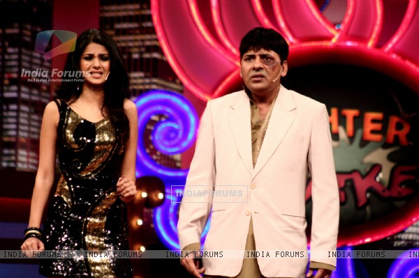 Jennifer and Sudesh in Laughter Ke Phatke show