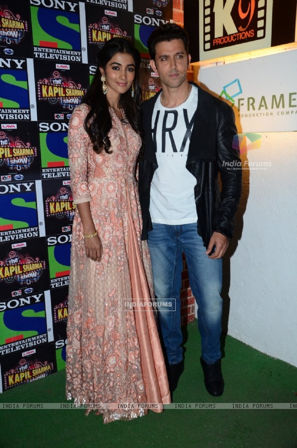 Hrithik Roshan and Pooja Hegde  Promotes 'Mohenjo Daro' on sets of The Kapil Sharma Show