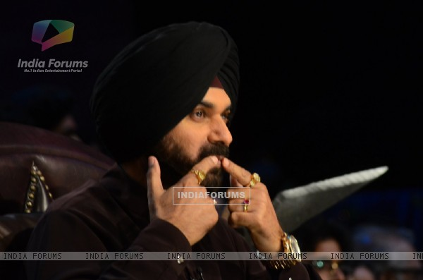 Navjot Singh Siddhu Promotes 'Mohenjo Daro' on sets of The Kapil Sharma Show