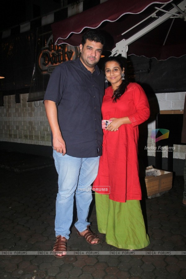 Vidya celebrates Siddharth Roy's bday with a dinner date