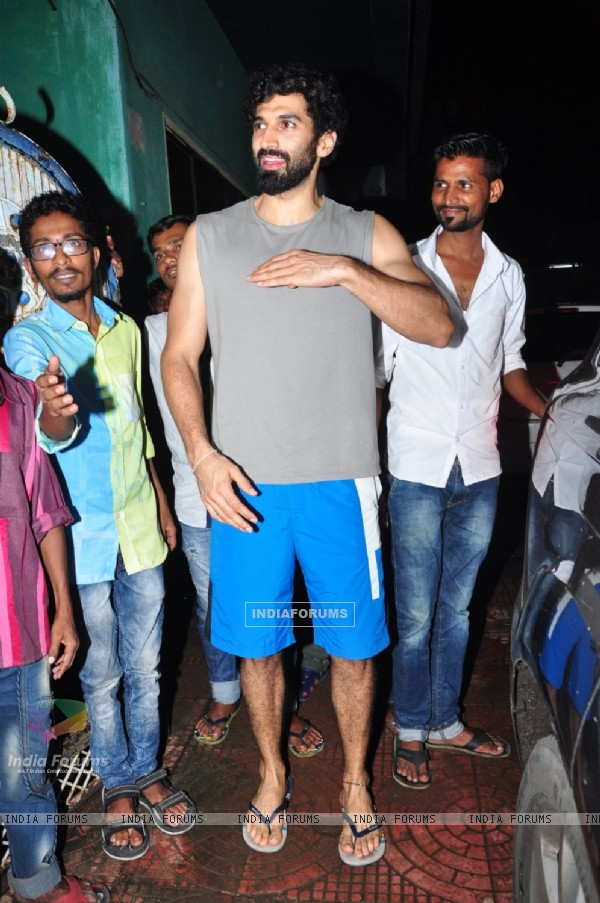 Aditya Roy Kapur snapped post rehearsals of Dream Team tour