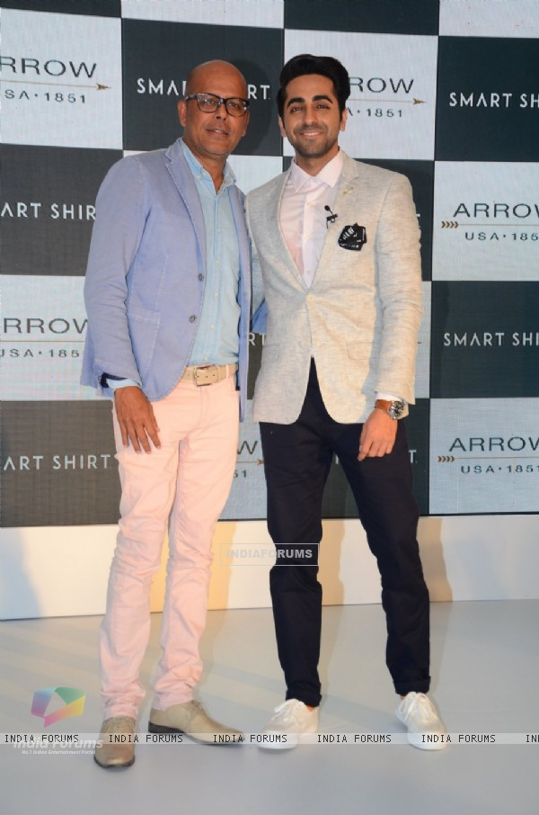 Narendra Kumar and Ayushmann Khurrana Promotes Arrow Smart Shirt