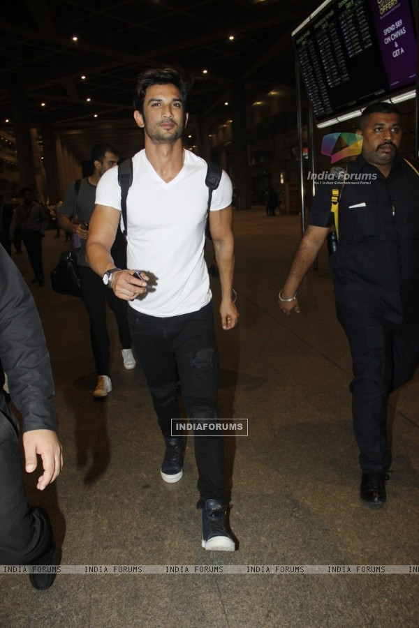 Sushant Singh Rajput Snapped at Airport