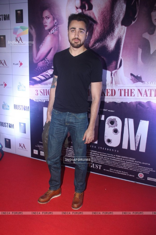 Imran Khan at Special Screening of 'Rustom' at Yashraj Studios