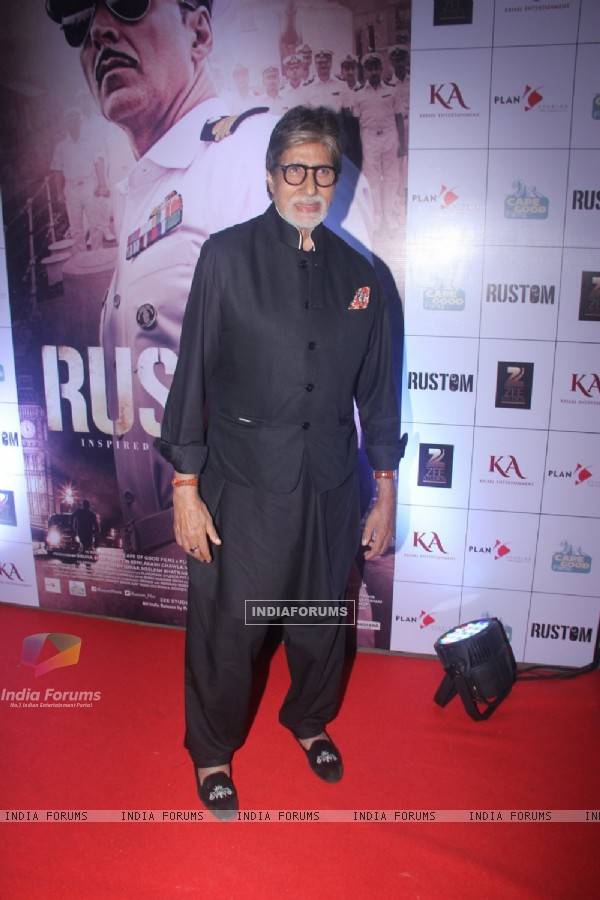 Amitabh Bachchan at Special Screening of 'Rustom' at Yashraj Studios