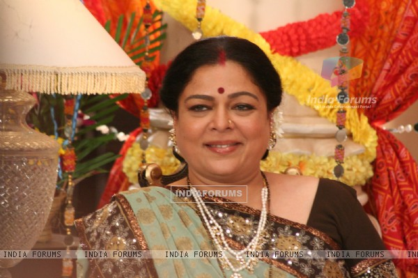 Reema Lagoo as snehalata