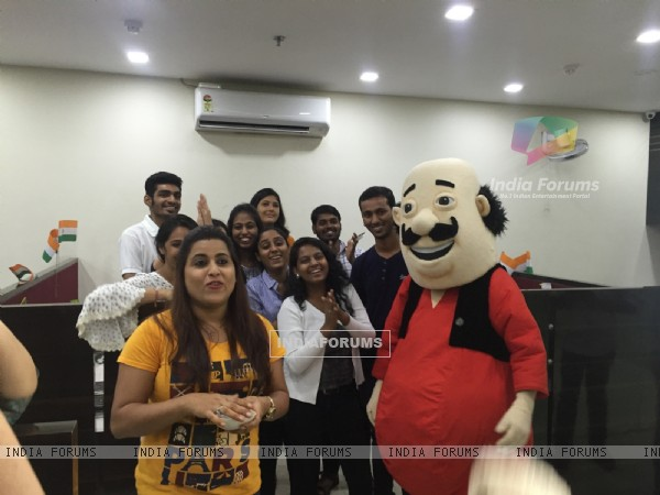 INDIA-FORUMS Celebrates 'Independence Day' with Motu & Patlu!