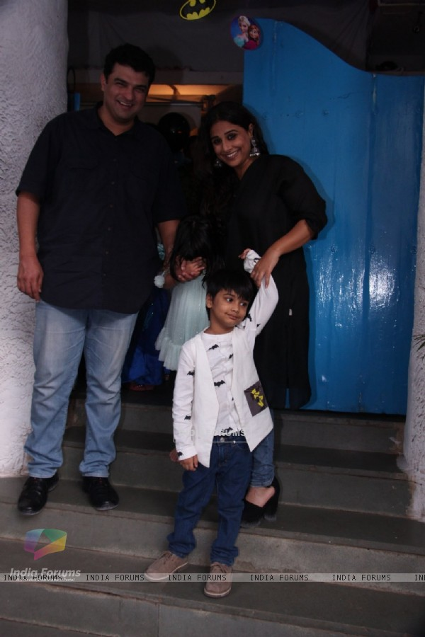 Vidya Balan and Siddharth Roy Kapur  Snapped with Family at Olives Restaurant