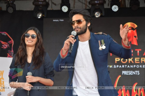 Ali Fazal and Diana Penty promotes 'Happy Bhag Jayegi' at Umang Fest at NM College