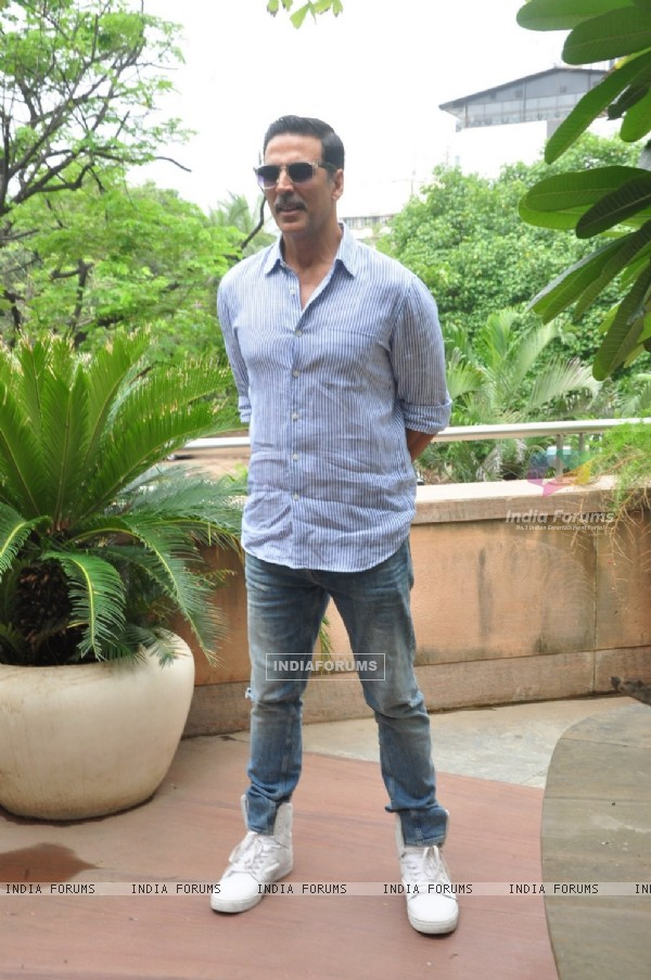 Akshay Kumar at Media Interaction for the Success of film 'Rustom'