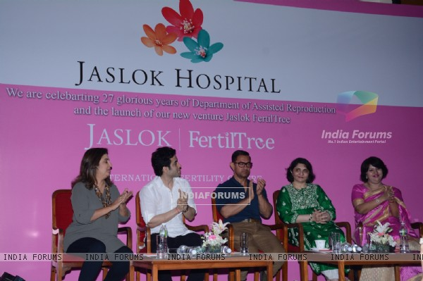 Farah Khan, Tusshar Kapoor and Aamir Khan at Jaslok Fertil Tree Launch Event