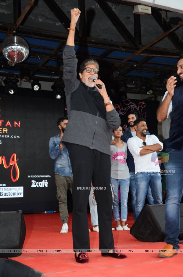 Amitabh Bachchan at Promotion of movie 'Pink' at Umang Fest in NM College