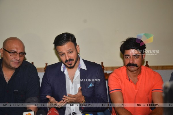 Sushant Singh, Vivek Oberoi and Amit Behl at CINTAA Meeting
