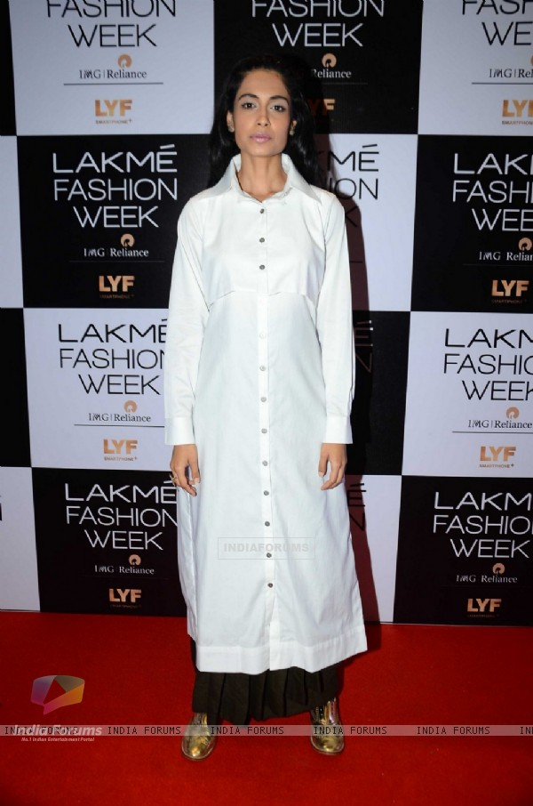 Sarah Jane Dias at Lakme Fashion Week Winter Festive 2016- Day 1