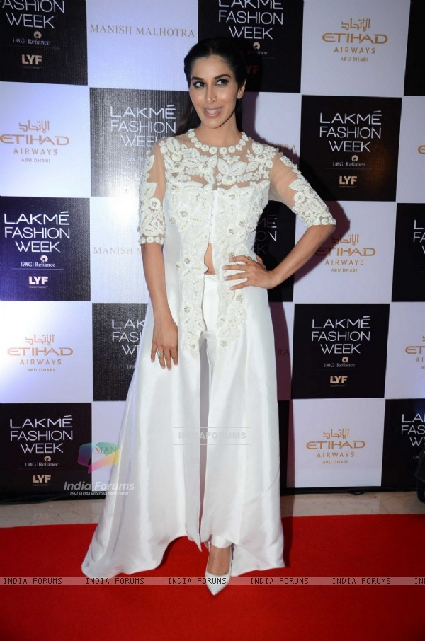 Sophie Choudry at Lakme Fashion Week Winter Festive 2016- Day 1