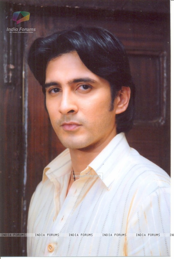 Samir Sharma as Brij