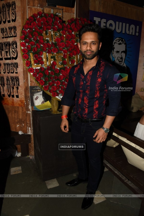 Rahul Vaidya at R-ADDA'S Sufi Night